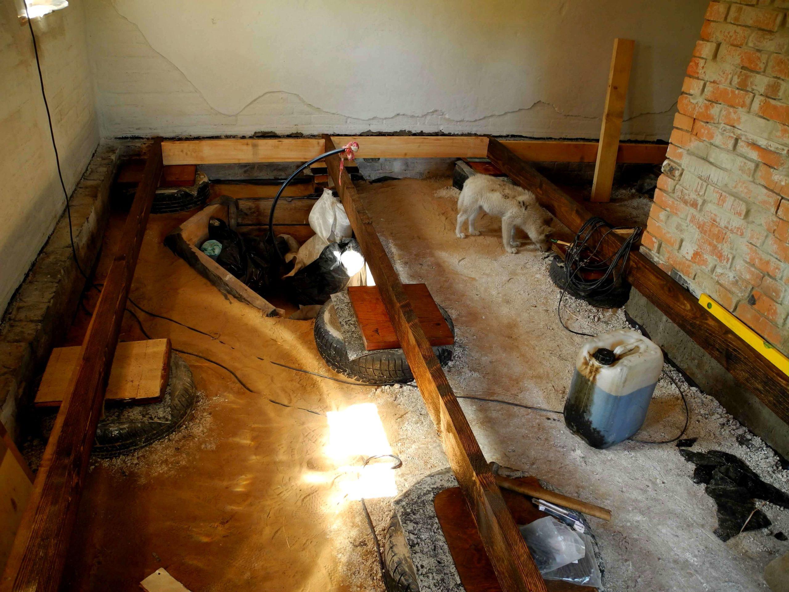 Деревянные полы в частном доме по лагам