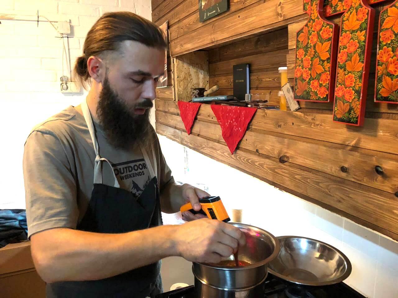 Из Москвы в деревню: мастер-класс по приготовлению шоколада