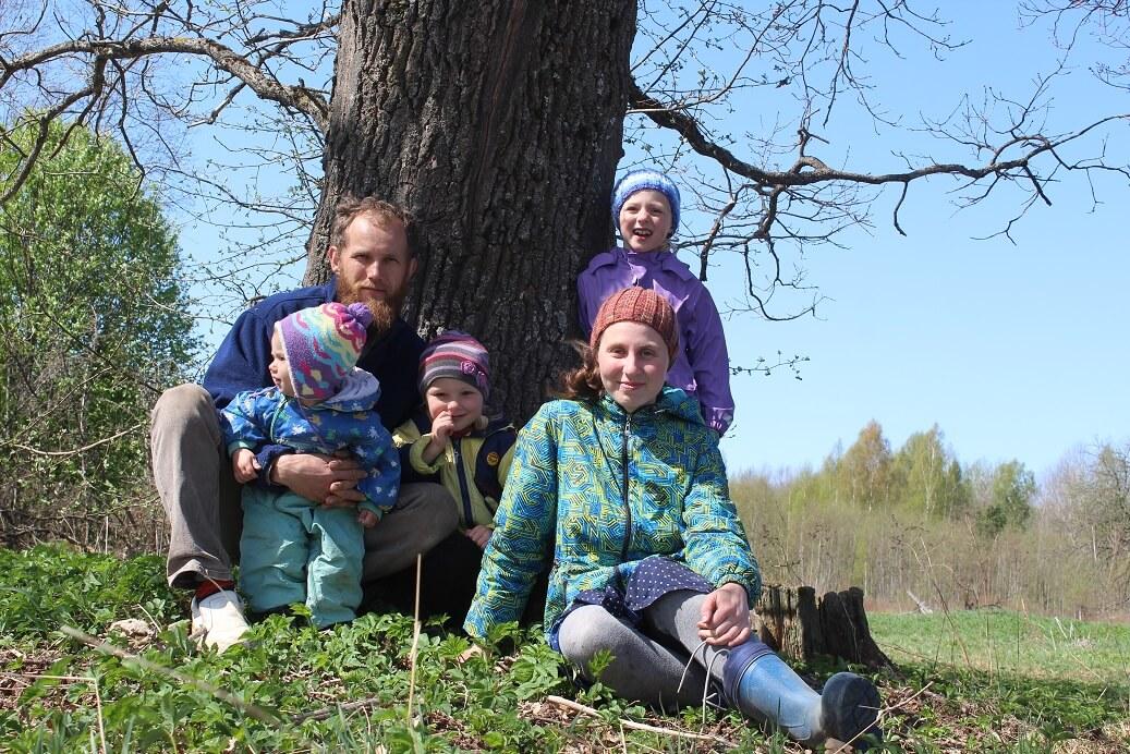 Минусы деревни Семья Катковых