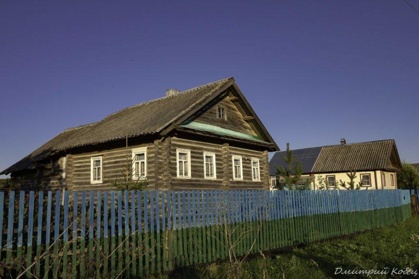 Продать дом с земельным участком в деревне