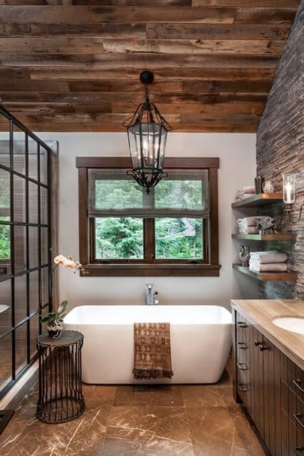 Ванная комната в деревенском доме